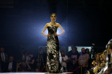 A fashion show within the framework of Yerevan fashion week 'Golden Lace' took place at 'Medirian' Expo Center - Photolure News Agency