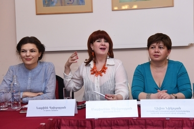 Founder of 'ArmMono' international theatre festival Marianna Mkhitaryan, RA Honored Artist Narine Grigoryan and head of the Contemporary Art Department of the RA Ministry of Culture Naira Hayrapetyan gave a press conference at Ani Plaza Hotel - Photolure News Agency