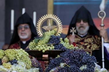The blessing ceremony of grapes at the Mother See of Holy Etchmiadzin, Armenia - Photolure News Agency