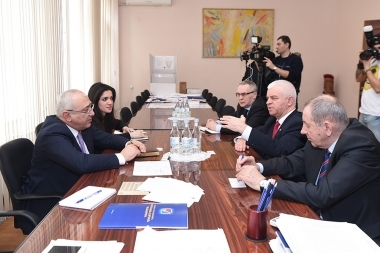 Chairman of the RA Central Electoral Commission Tigran Mukuchyan met the representatives of the CIS observation mission - Photolure News Agency