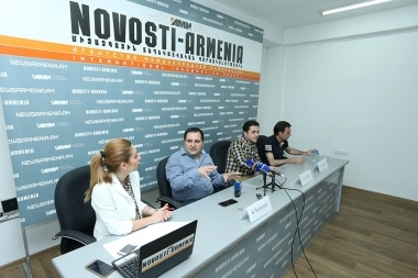 A press conference dedicated to the annual business forum 'Sevan Srartup Summit' at Novosti-Armenia press center - Photolure News Agency