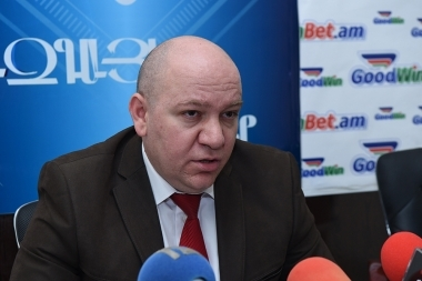 MHM0113604 - Photolure News Agency