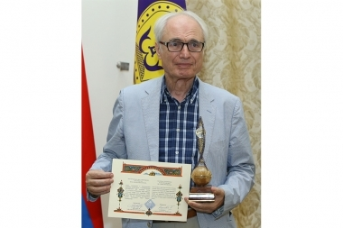Tigran Mansuryan's 'Let there be light' award-giving ceremony took place at Gevorkian Theological Seminary - Photolure News Agency