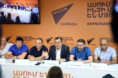 A press conference on the topic of 'The results of the Greco-Roman and freestyle wrestlers in Tbilisi and the incident with Artur Aleksanyan' took place at Sputnik Armenia press center - Photolure News Agency